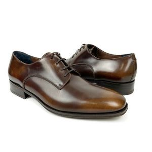 Salvatore Ferragamo Daniel Derby Oxford Shoe